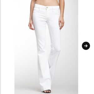 Blank NYC white flare jeans size 24